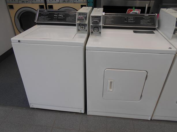 Inglis/ Speedway coin op washers and dryers