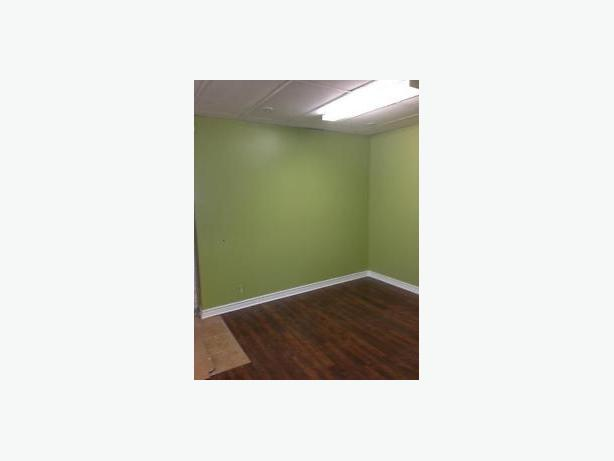 OFFICE, SPA, SALON SPACE FOR RENT