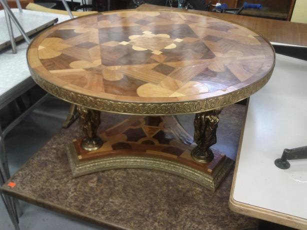 Round Fancy Coffee Table