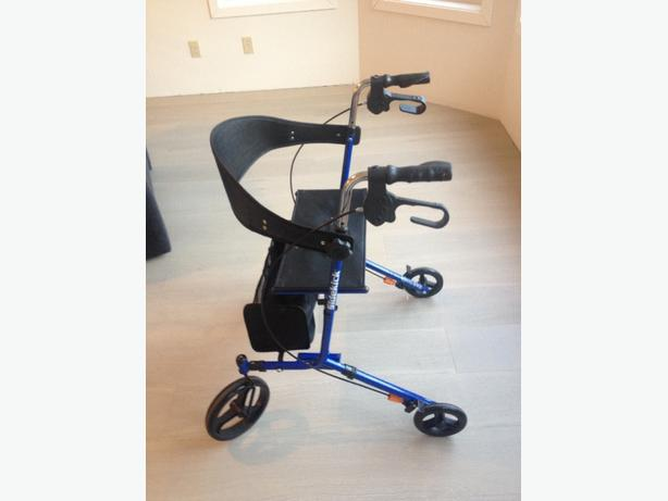 Hugo Elite Rolling Walker
