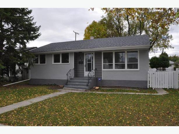768 Nottingham Ave- Professionally Marketed by Judy Lindsay Team Realty