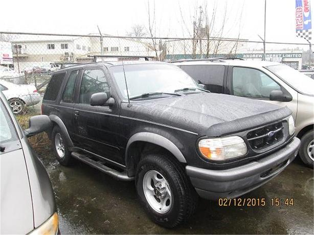 1998 Ford Explorer Sport 2-Door 4WD