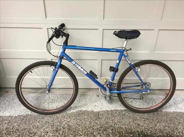 2 X Skykomish Granite Point Mountain Bikes Saanich Victoria