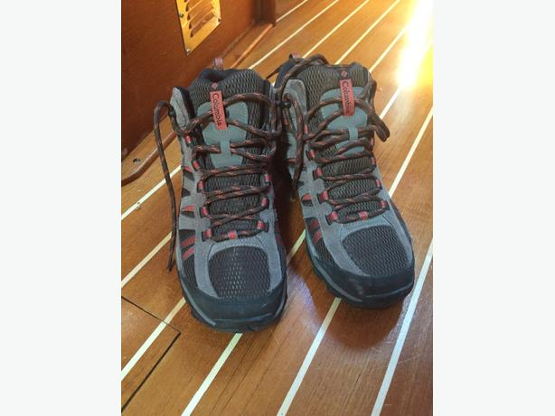 Columbia Men's Boots/Hikers Size 10