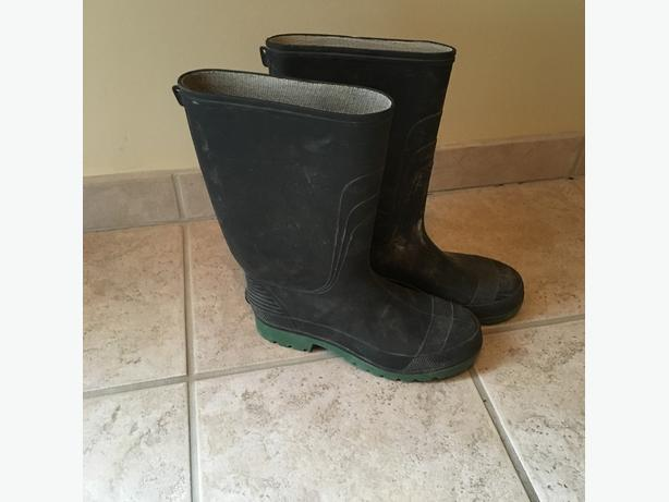 Size 8 (adult) Rubber Boots