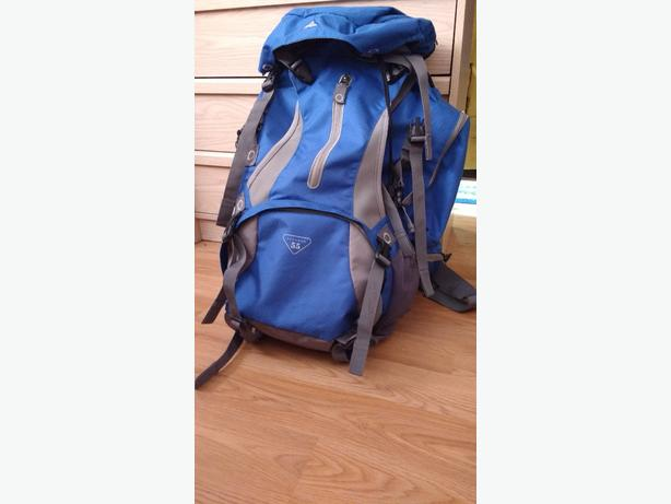 High Sierra 55 Avenger Hiking Backpack
