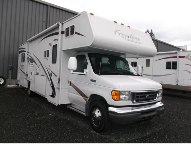 2005 Coachmen Freedom 3140S