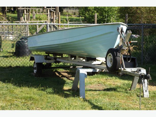 12 foot Mirror Craft boat and aluminum trailer