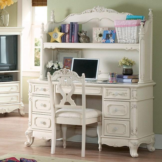 6 pc bedroom set saanich victoria for Bedroom set with matching desk