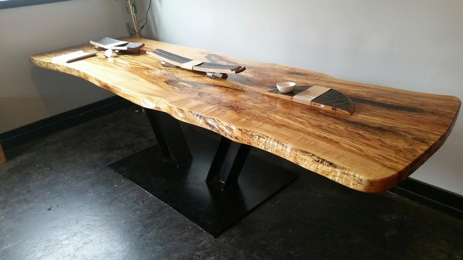 live edge dining room table slabs Outside Victoria Victoria : 55416473934 from www.usedvictoria.com size 934 x 525 jpeg 53kB