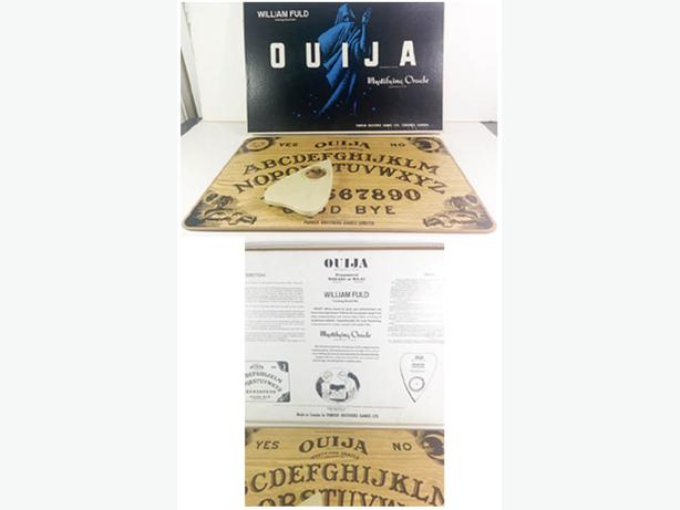 OUIJA BOARD 1970's by William Fuld,    ---H8Z1W9---