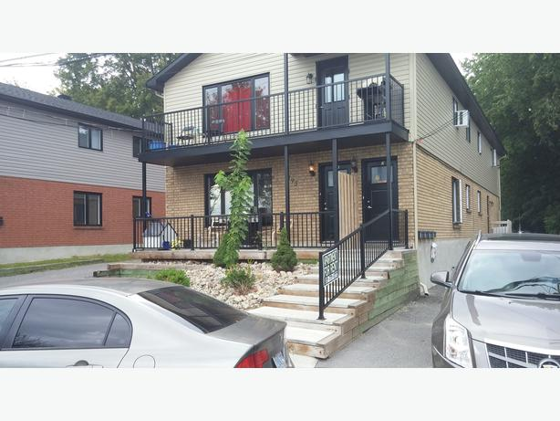 Three Bedroom Apt. on Waterfront Jacques Cartier Gatineau