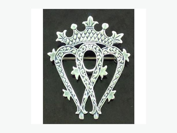 """Antique sterling Scottish """"luckenbooth"""" brooch from the late 1800's"""