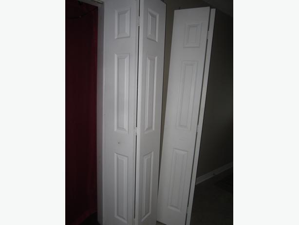 Porte de garde robe