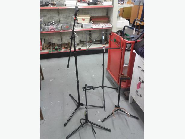 Music, Guitar & Mic Stands