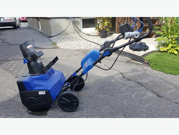 Like New Snow Joe Ion18SB Cordless Electric Snowblower