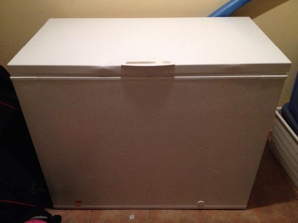 Fridgidaire small freezer