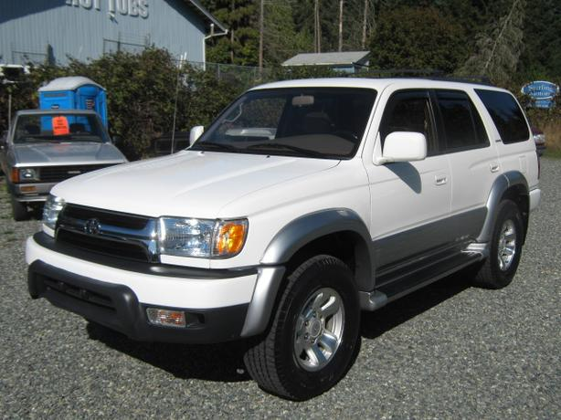 1997 Toyota 4Runner Limited *NONE NICER*GOTTA SEE*