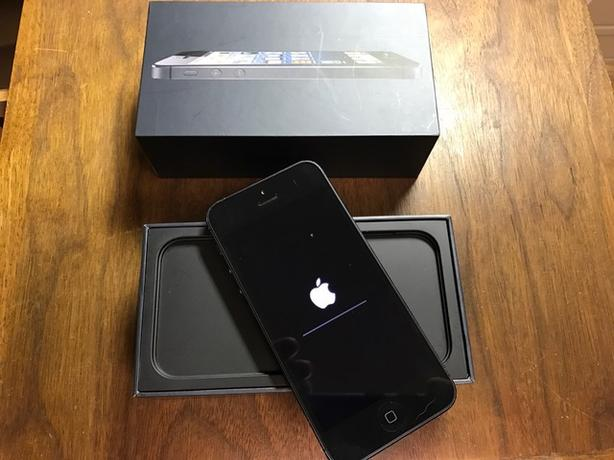 iPhone 5 - 32 gb