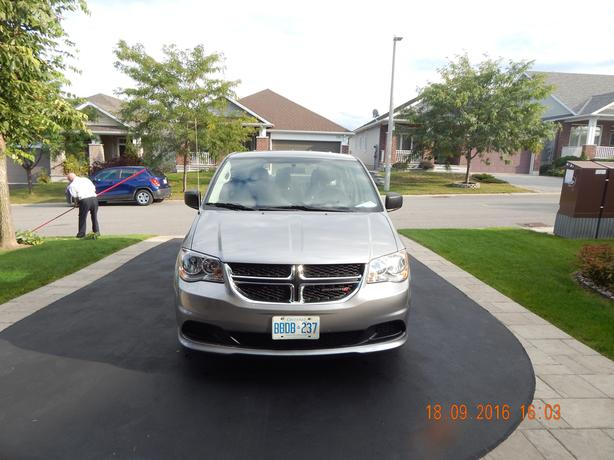 2013 Dodge Grand Caravan for Sale-Showroom Condition