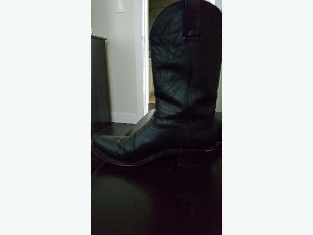 Black Leather Durango Cowboy Boots