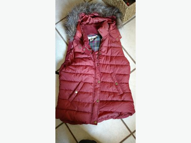 H&M womens down vest