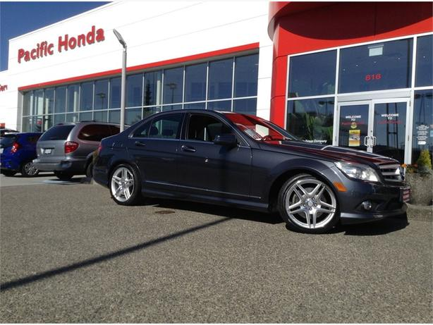 2010 Mercedes-Benz C-Class 4DR SDN 3.5L RWD-Totally loaded C350 4matic