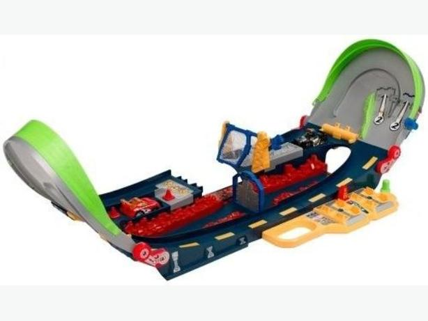 Playskool Speedstars Half-Pipe Highway Racetrack