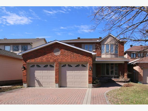 35 Southland Cr - NEW PRICE!