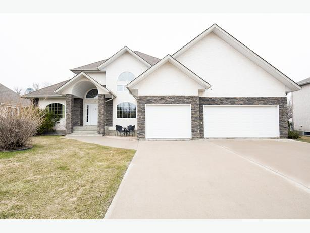 154 River Springs Dr - Professionally Marketed by Judy Lindsay Team Realty