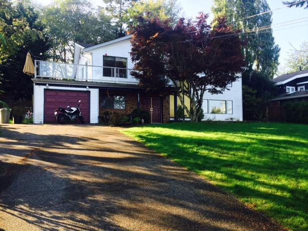 Extraordinary Upper Level Home w/ Oceanfront View in North Nanaimo