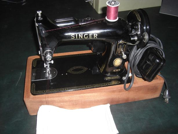 Singer 99 Sewing Machine, with Mahogany Stand