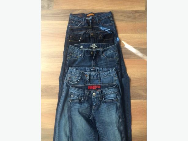 5 pairs of girls jeans size 24