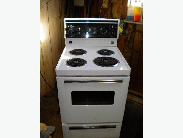 in needed 269 white frigidaire apartment size manual clean stove