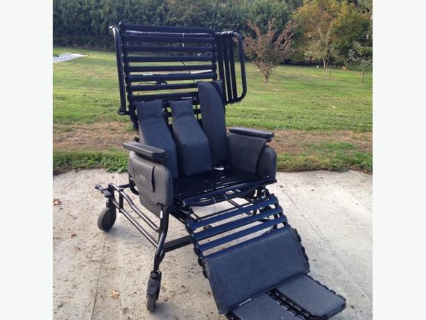 Bariatric Broda Chair