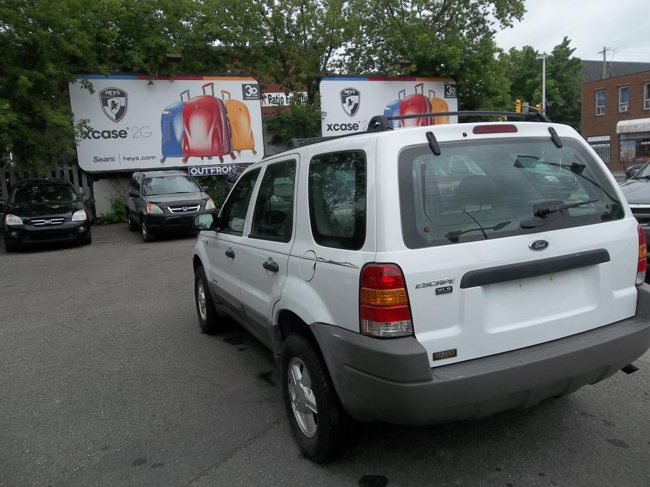 2001 ford escape all wheel drive suv safety and e test central ottawa inside greenbelt ottawa. Black Bedroom Furniture Sets. Home Design Ideas