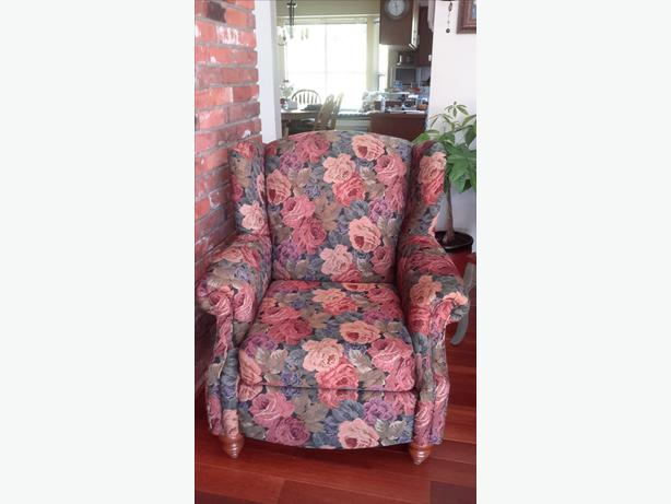 Livingroom, Den or Bedroom Accent Chair