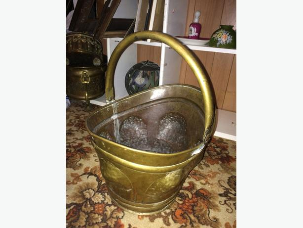 Antique Brass / Bronze bucket