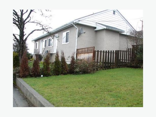 New Price. 2 duplexes revenue property