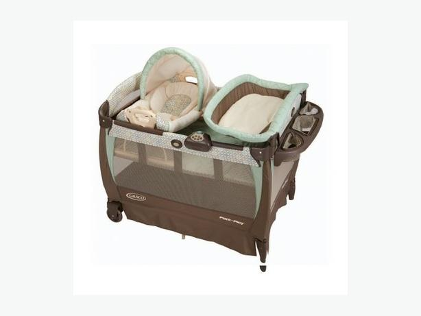 Graco high end playpen Bassinet, change table, music vibration