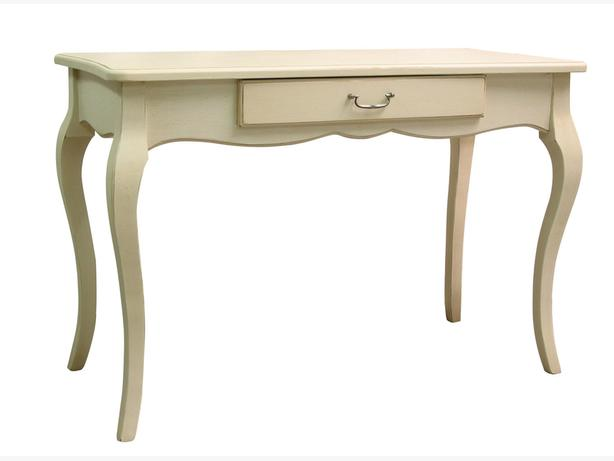 WANTED:  Vintage style desk