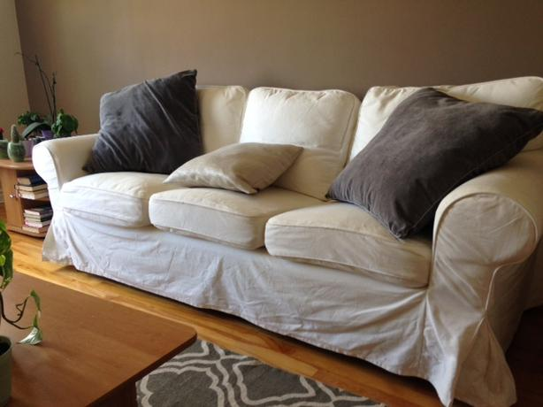 Selling 3 seat sofa Ektorp model in really good condition
