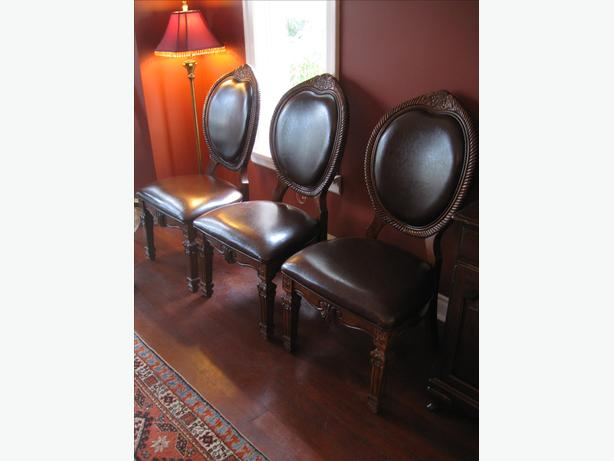 OBO: Formal Mahogany 9 Piece Diningroom Set