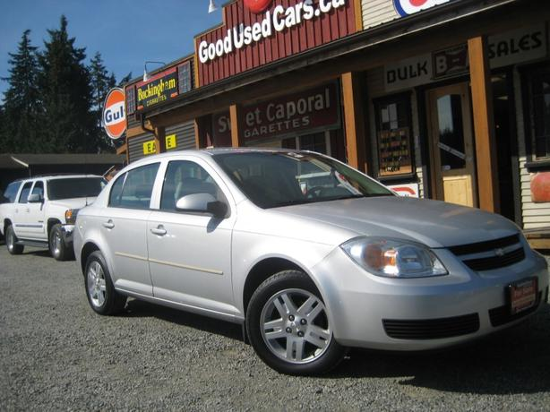 2005 Chevrolet Cobalt - Super Low KM! 4 Cylinder Fuel Saver!