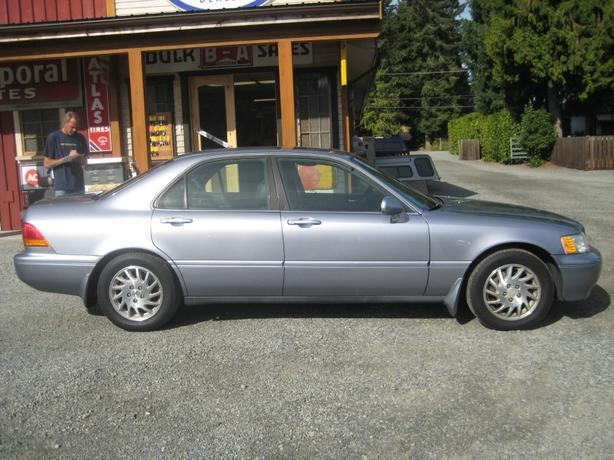 1998 Acura RL 3.5 - Classic Refined Luxury! Low KM!