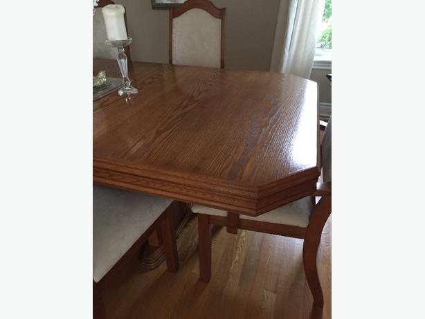 beautiful oak dining set