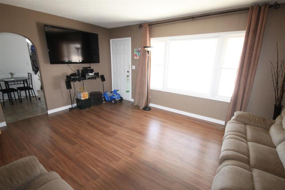 2 Bedroom Main Level For Rent With Garage East Regina Regina