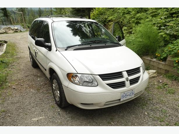 Dodge Grand Caravan 2005 + winter tires