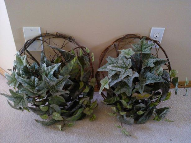 Linen Leaf and wicker wall hanging