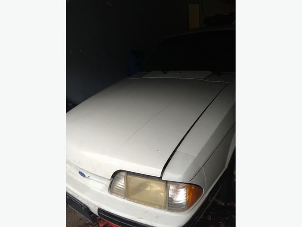 '88  5.0 L Mustang LX  priced to sell as is - need space